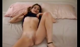 Adorable cutie Hollywood is getting banged and enjoying it a lot