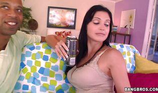 Lustful chick Aletta Ocean loves having her slit pleasured passionately