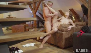 Nude swingeing hottie Victoria Daniels delights with dinky in that fuck video