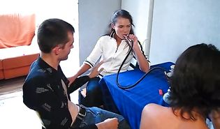 Fresh brunette Angelina reaches a huge agonorgasmos and she is satisfied